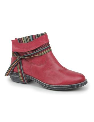 Satin Boot