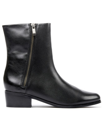 Estrella Boot