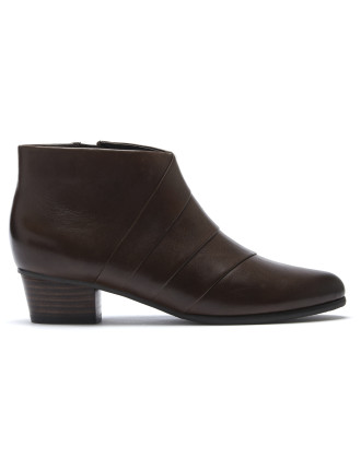 Koralle Boot