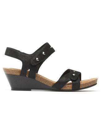 Ranelle Sandal
