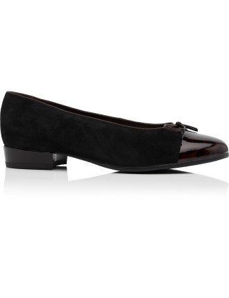 43708-29 Bari Low Heel Ballet Court with Bow