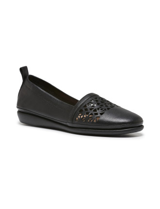 Sia Loafer