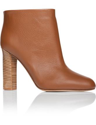 Avery Boot