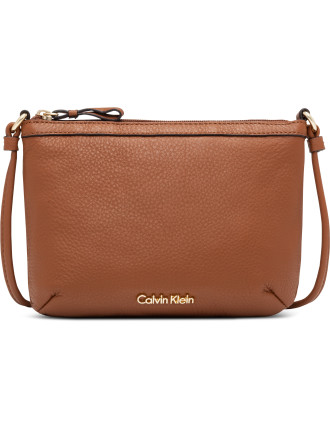 Ck W16 Pebble Crossbody