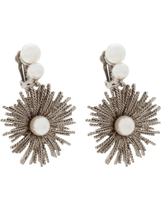 PEARL BURST DROP C EARRING