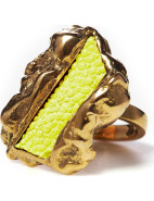 Ziggy Ring with Stingray Centrepiece $48.00