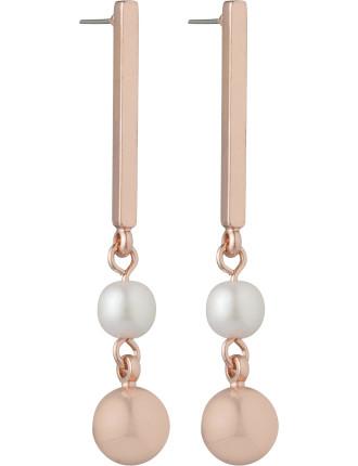 Pearl/Ball Drop Earring