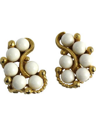 1950s Milk Bead Cluster Clip Earrings