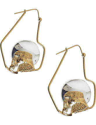 Cusp small oyster earring
