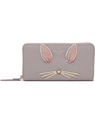 Make Magic Fluffy Bunny Lacey Wallet