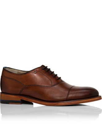 Anitque calf leather oxford w/ brogue detail