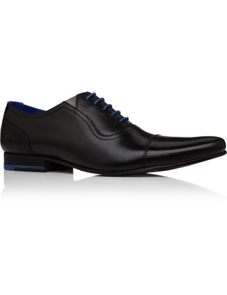 Cap Toe 5 Lace Oxford Pointed Toe Lace Up