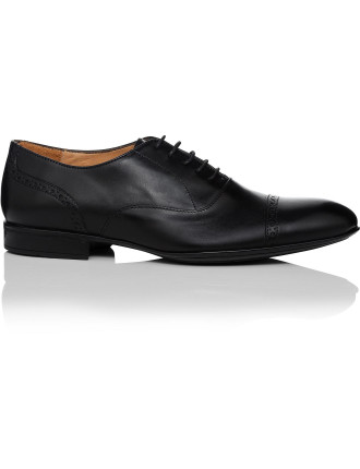 Calf Leather Oxford With Cap Toe Brogue Detailing