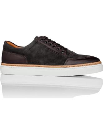 Prem-ium Sneaker