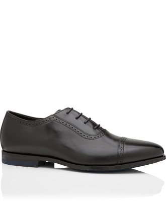 AMBER Oxford Travel Shoe