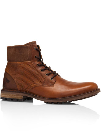 SOUTHPORT LEATHER LACE UP BOOT