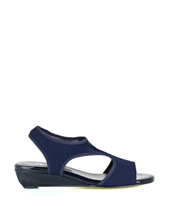 Giver Stretch Wedge Sandal