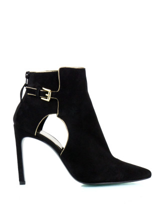 Sideview Cutout Bootie