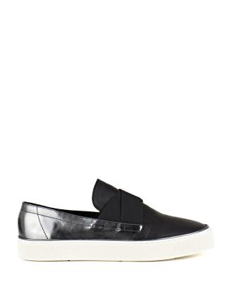 Flexi Slip On Sneaker