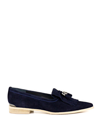 Metaltass Pointed Toe Loafer