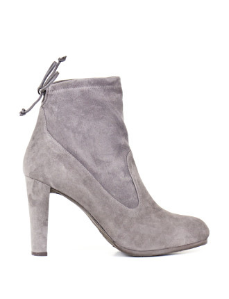 Mitten Ankle Boot With Tie