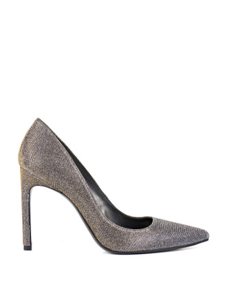 Tarra High Point-Toe Pump