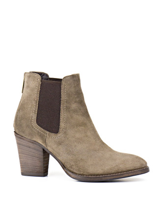 Fairly Modern Chelsea Boot