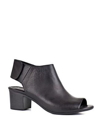Hartford Block Heel Sandal