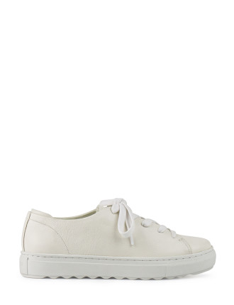 POLLIE LACE UP SNEAKER