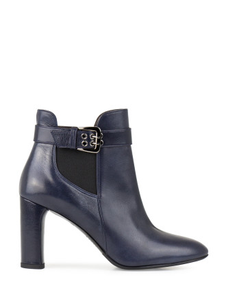 VERITAS HEELED CHELSEA BOOT WITH BUCKLE