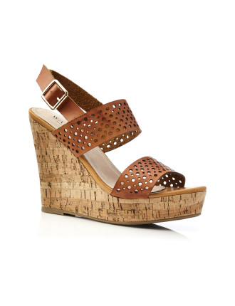 Pia Perf Wedge