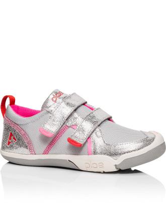 Ty Sneaker