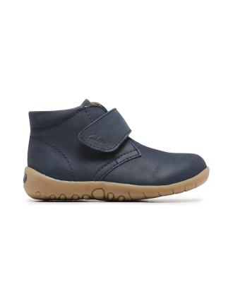 Stomp B Boot