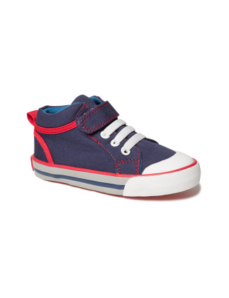 Dylan Canvas Sneaker