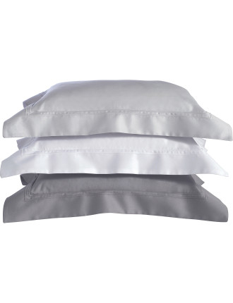 Triomphe Blanc Standard Pillowcase