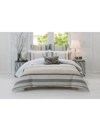 Noriko Queen Bed Quilt Cover