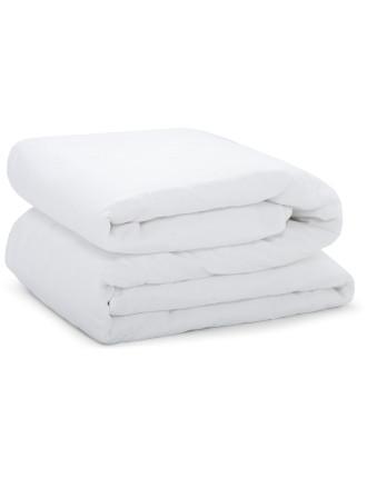 Triomphe White Bed Spread 230x250