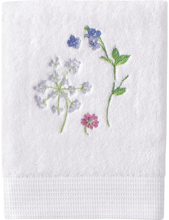 Beaucoup Embroidered Guest Towel
