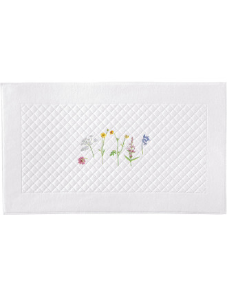 Beaucoup Embroidered Bath Mat