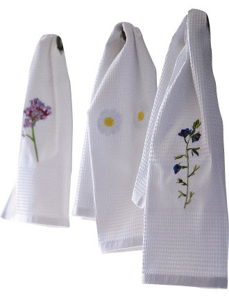 Beaucoup Passion Set 3 Embroidered Guest Towels