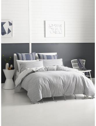 New Hampshire Bed Set Queen
