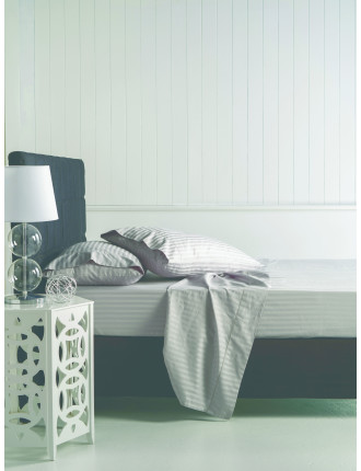 Banff Stripe Queen Bed Sheet Set