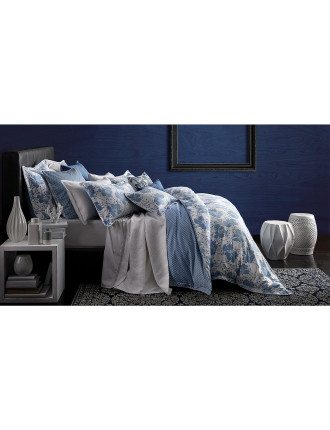 Spotted Floral Chambray Quilted Quilt Cover Set Queen