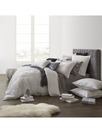 WYNTER KB QUILT COVER SET