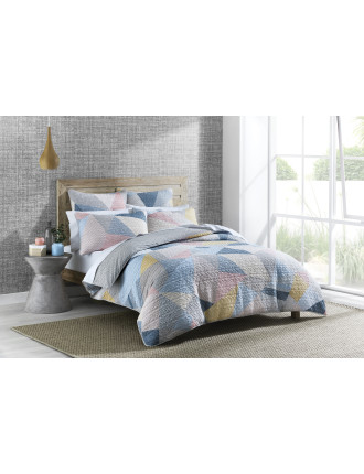 Takashi Queen Bed Quilt Cover