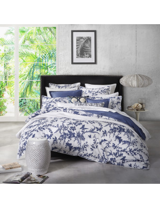 TROPICAL FLORAL NAVY QUILT COVER SET - KB