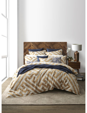 CHINESE KEY QUEEN QUILT COVER SET