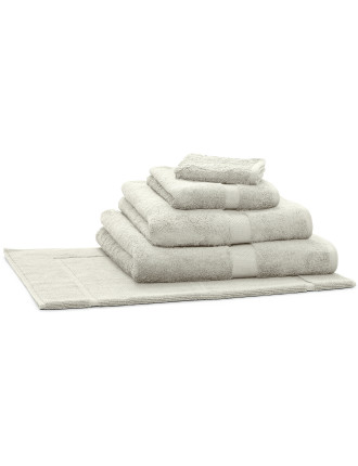 Royal Splendour Bath Towel