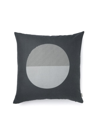Nova 50X50 Cushion
