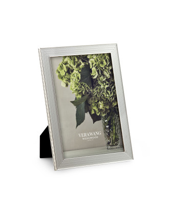 Vera Wang Wedgwood With Love Nouveau Silver Frame 5x7
